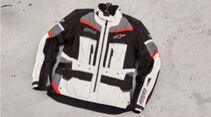 Airbag-Westen für Motorradfahrer im ADAC-Test: Alpinestars Tech-Air Street-e System.