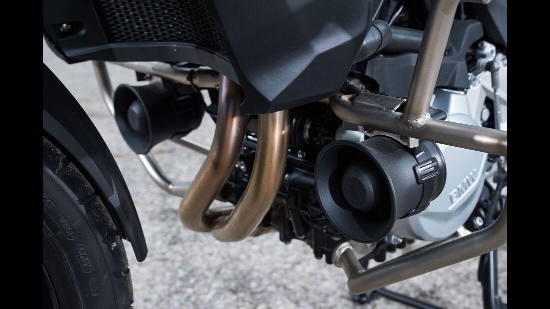 BMW Einsatzfahrzeug Sanitäter Motorrad RETTmobil 2018