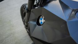 BMW K100 R Nightcrawler Crooked Motorcycles