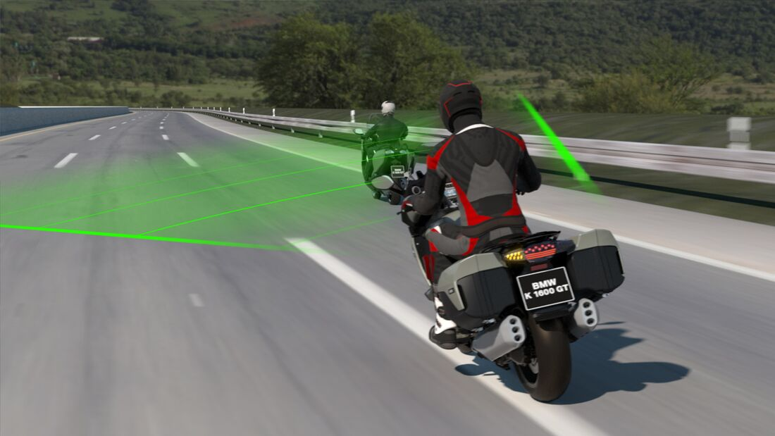 BMW Motorrad Active Cruise Control (ACC).