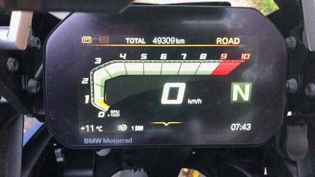 BMW R 1250 GS Dauertest Tacho