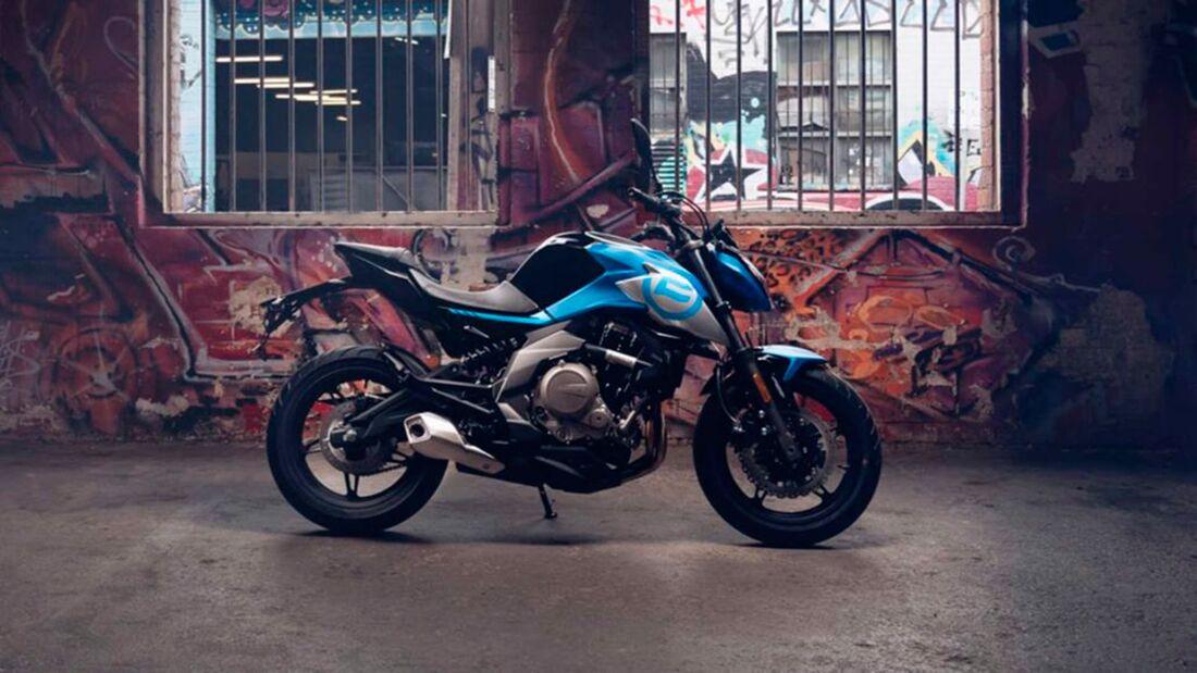 CF Moto 650 NK SP