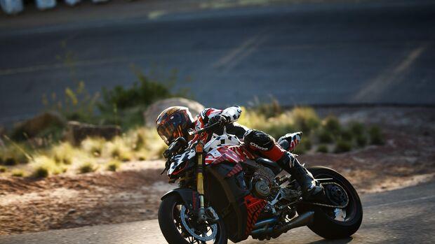 Carlin Dunne Ducati V5