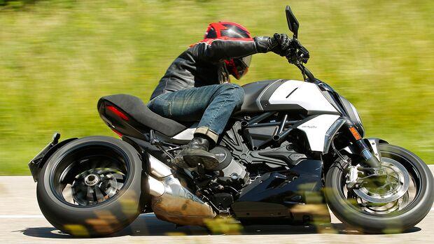 Ducati Diavel 1260.