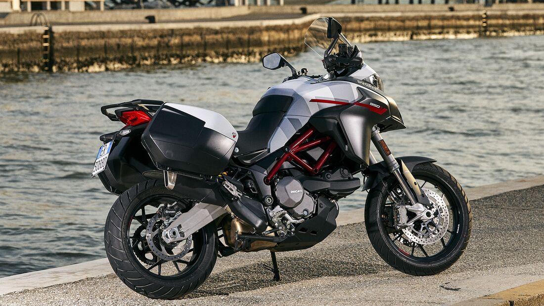Ducati Multistrada 950 S (GP White).