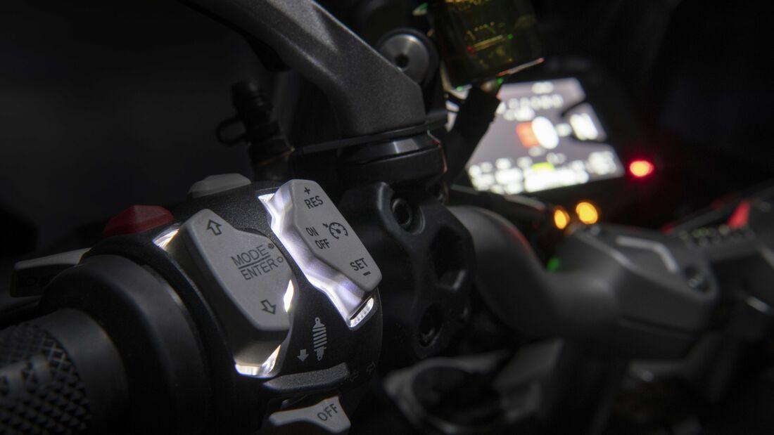 Ducati Multistrada V2 2022 trinh lang thay the cho nguoi anh em Multistrada 950 - 15