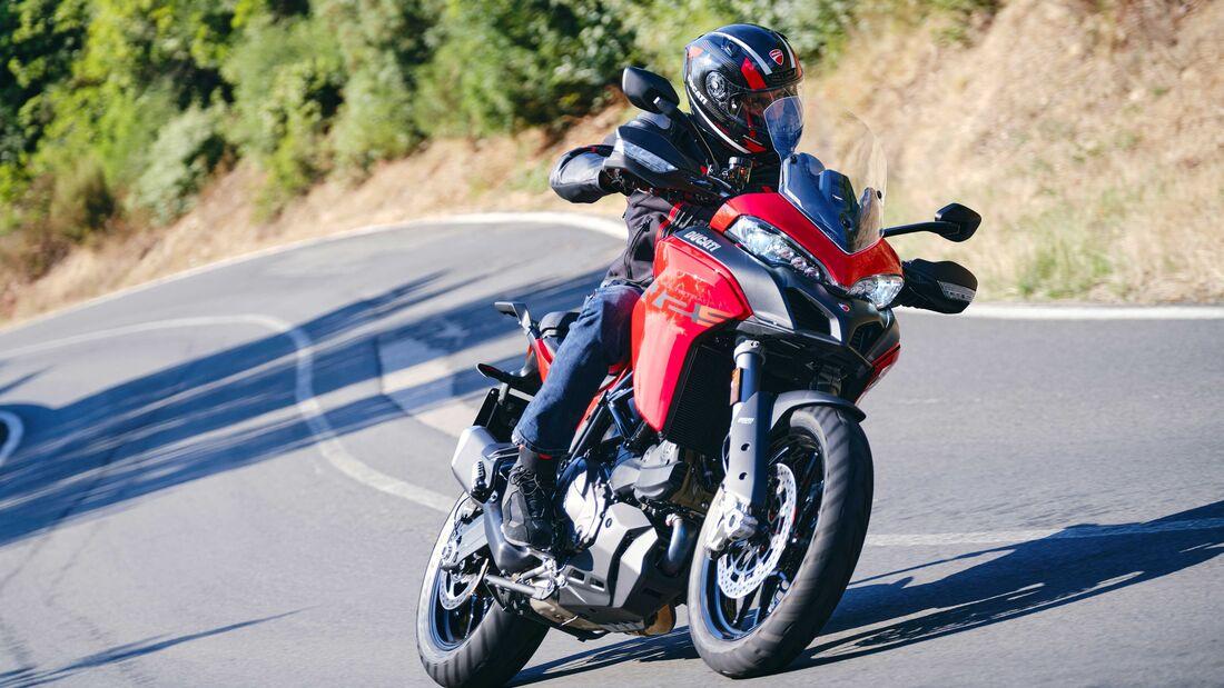 Ducati Multistrada V2 2022 trinh lang thay the cho nguoi anh em Multistrada 950 - 5