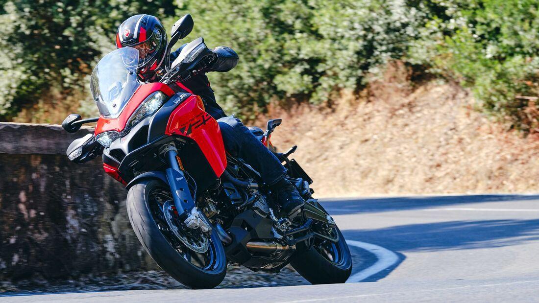 Ducati Multistrada V2 2022 trinh lang thay the cho nguoi anh em Multistrada 950 - 4