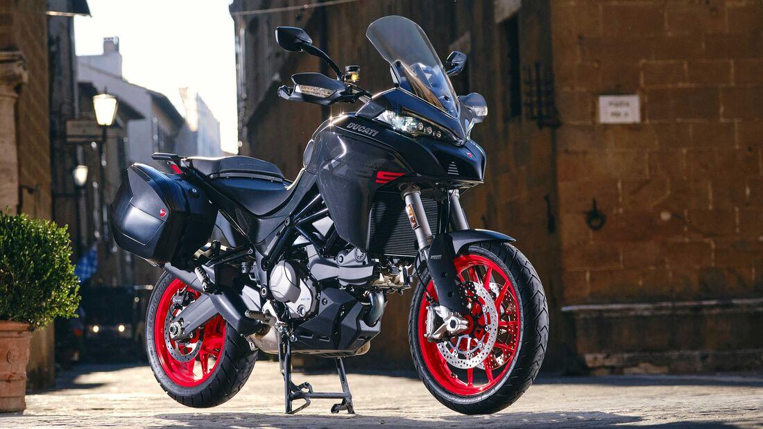 Ducati Multistrada V2 2022 trinh lang thay the cho nguoi anh em Multistrada 950 - 6