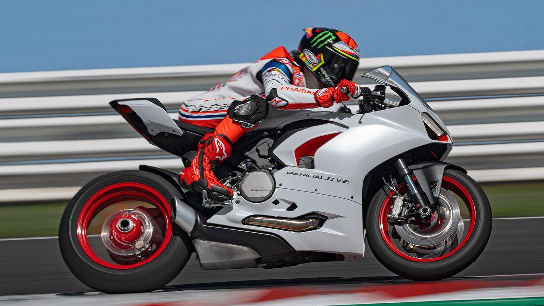 Ducati Panigale V2.