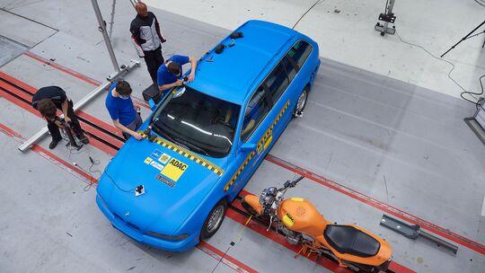 Elektronische Airbagwesten im Vergleichstest