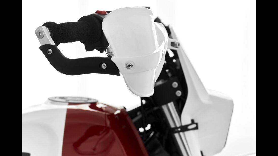 Fuel Custom Builts Royal Rally 400