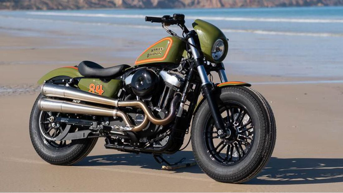 Harley-Davidson - Battle of the Kings 2020: Store Build.