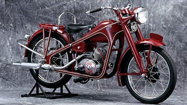 Honda 1949 Dream D-Type