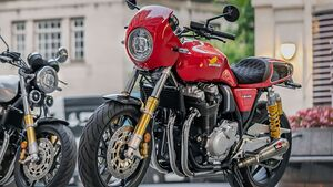 Honda CB1100 RS 5Four Custom