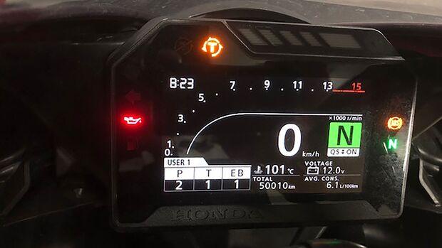 Honda CBR 1000 RR Fireblade Dauertest Tachostand
