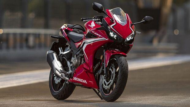Honda CBR 400 R (2020).