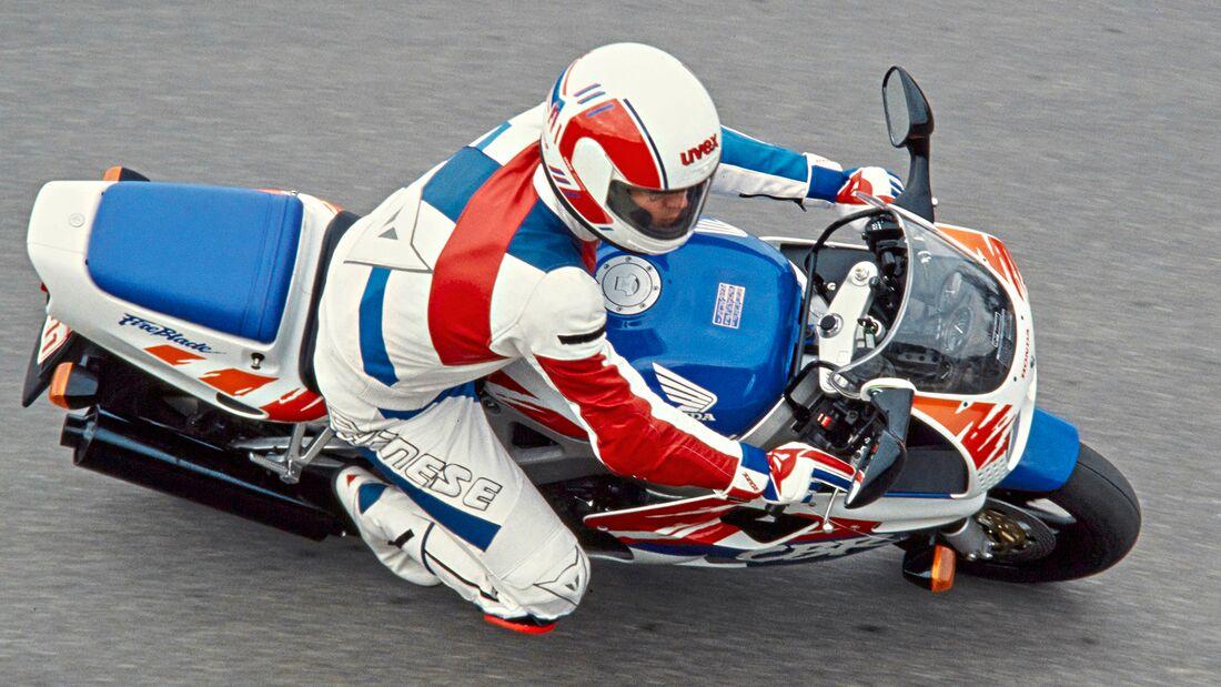 Honda Fireblade Youngtimer.