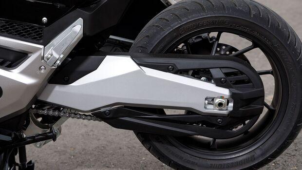 Honda Forza 750 Test
