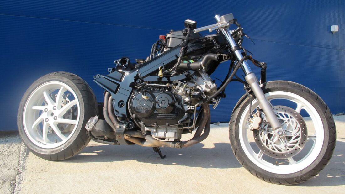 Honda VFR 750 RC36 Umbau von Rebikeling