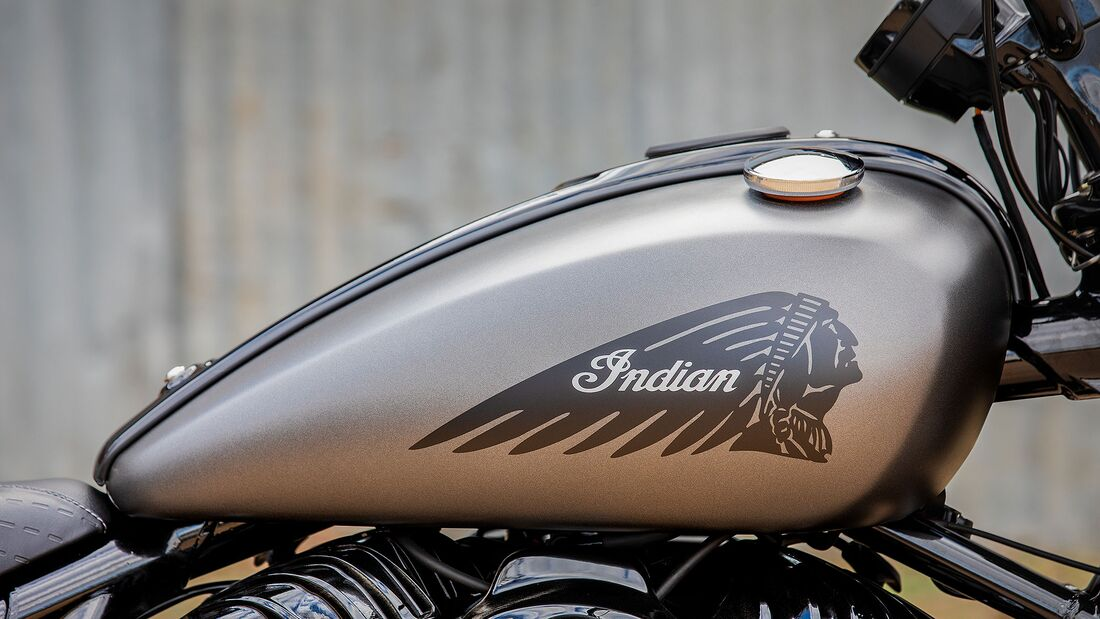 Indian Chief Bobber Dark Horse