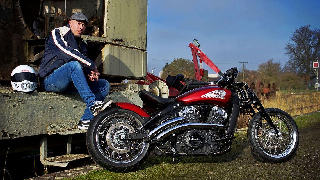Indian Motorcycle Metz Scout Red Wings