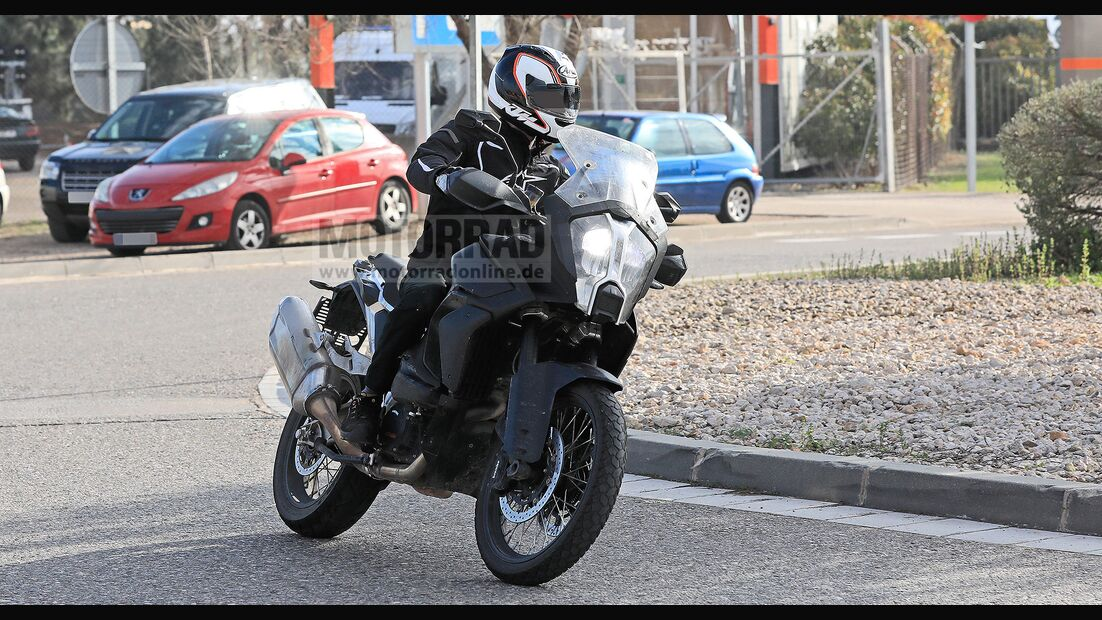 KTM-1290-Super-Adventure-Erlkoenig-169FullWidthOdcPortrait-786f46c5-1682156.jpg