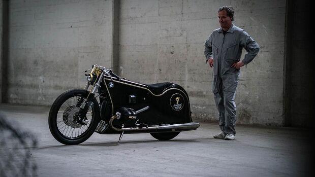 Kingston Custom Black Phantom