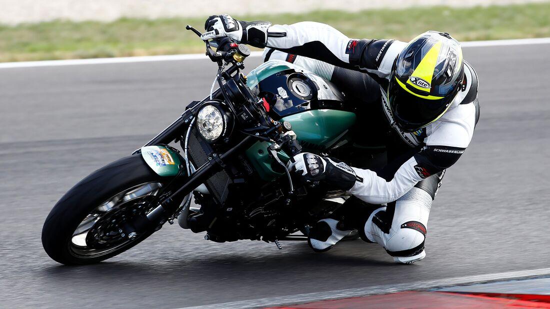 Klein-Yamaha XSR 700 Bantam Race