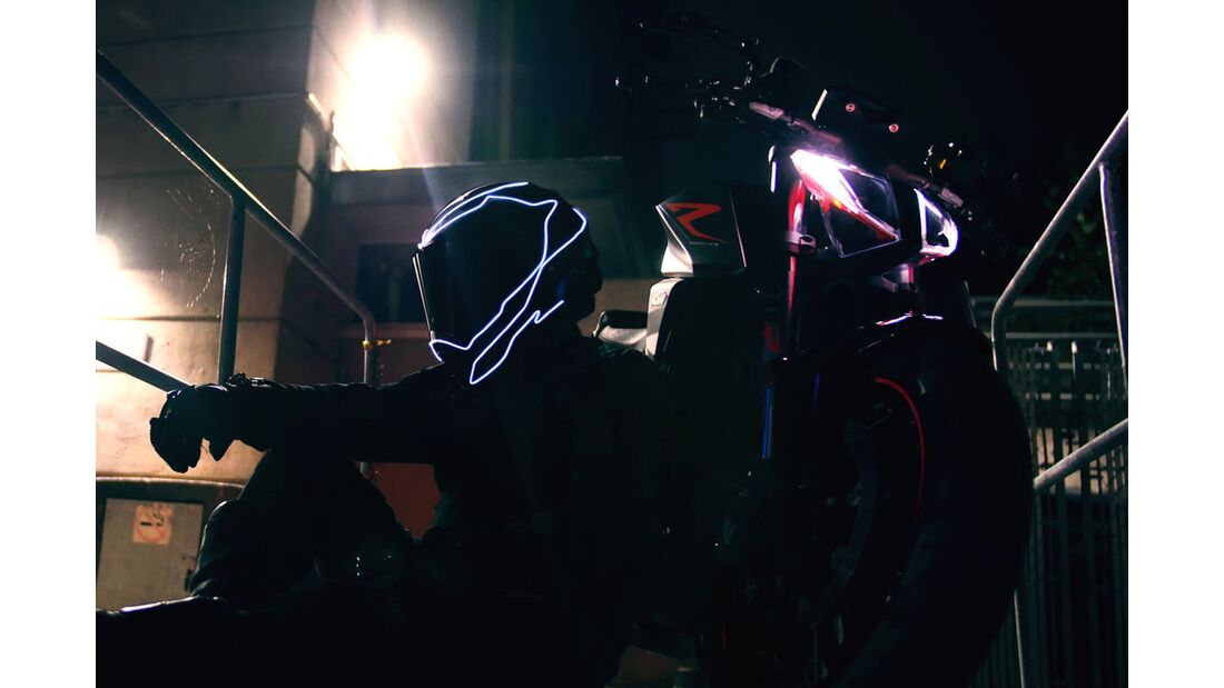 Lightmode-Helmnachrüstsets.