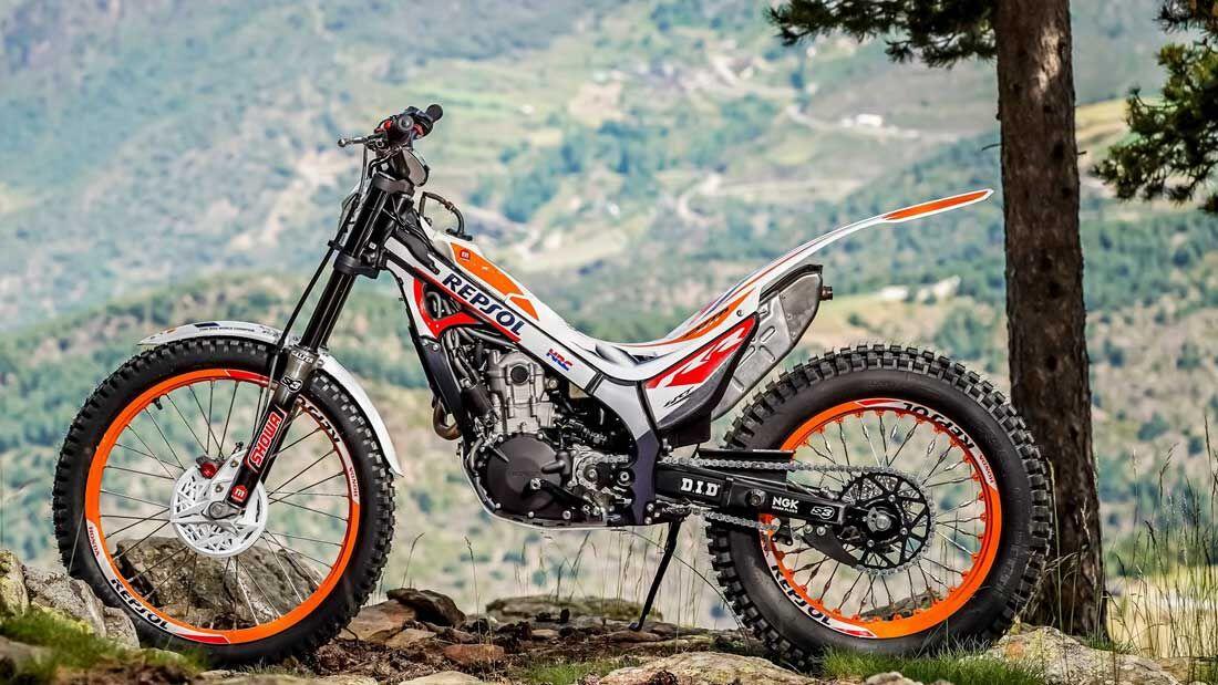 Montesa Cota 301 RR Replica