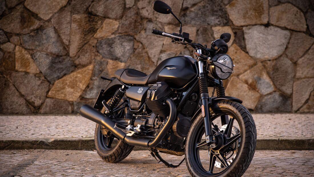 Moto Guzzi V7 2021