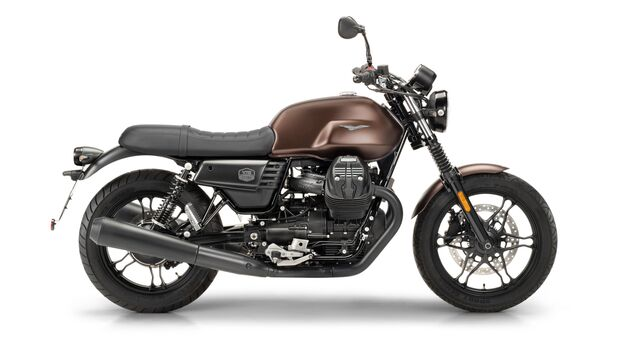 Moto Guzzi V7 III Stone Night Pack.
