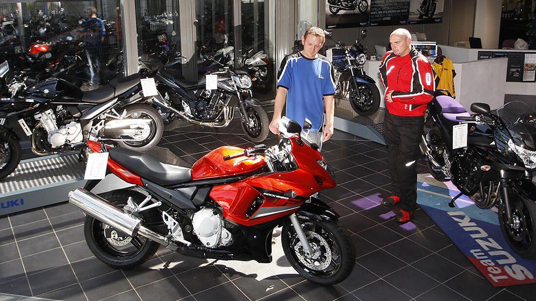 Motorrad-Haendler-Verkauf-169FullWidth-4f2c271-1687740.jpg