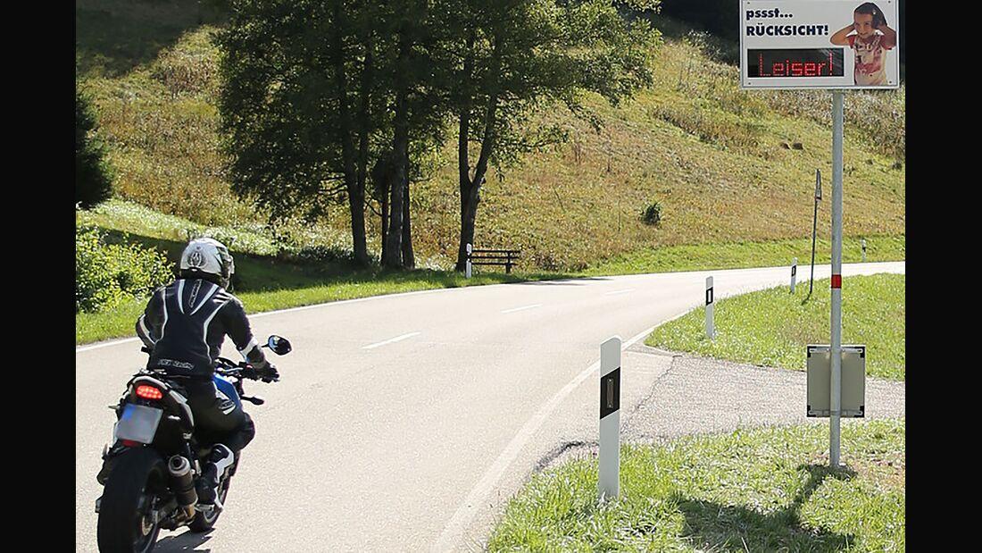 Motorrad Lärm leiser fahren Anzeige