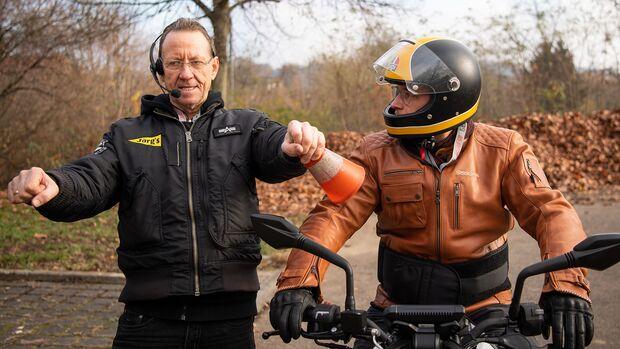 Motorrad Moped Führerschein Fahrschule 125er