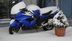 Motorrad Winterpause Schnee