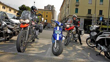 Motorrad parken