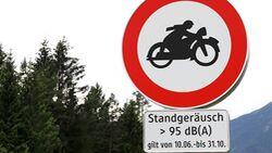 Motorradlärm Schild Tirol