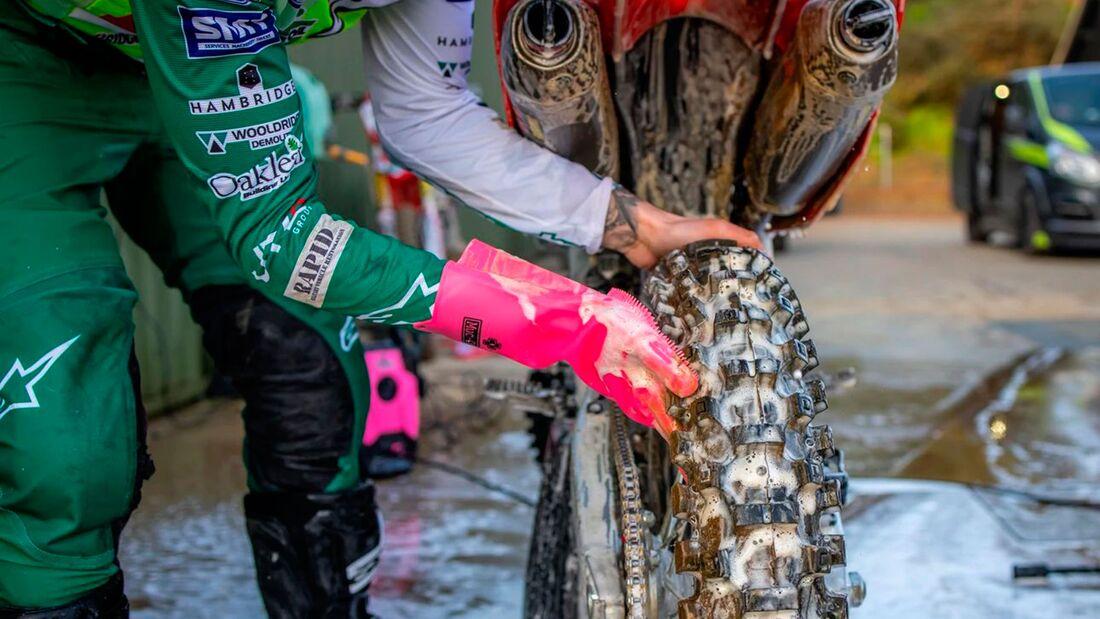 Muc-Off Deep Scrubber Gloves Reinigungshandschuhe
