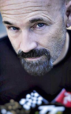 Portrait Rolf Henniges