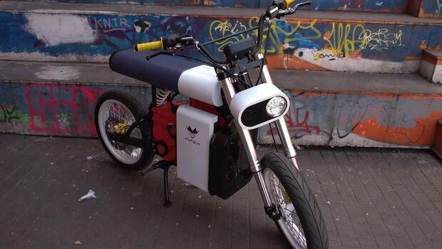 Punch Moto.
