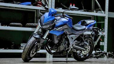 QJ Motor Chase 700
