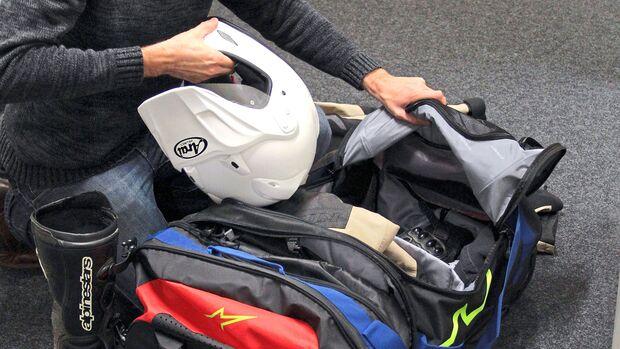 Reisetaschen fuer Motorradausruestung im Test