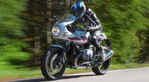 Road-Replika-Umbaukit von Wilbers für die BMW R nineT Racer.