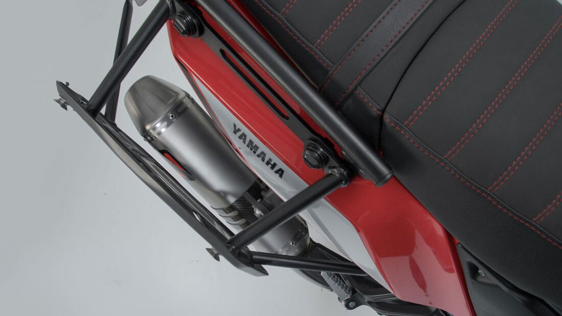 SW-Motech Alukoffer Set Akrapovic Auspuff TRAX ADV Silber 45 45 l Yamaha Tenere 707