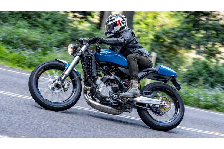Salt Motorcycles Two Stroke: Aus der Enduro wird ein Café Ränddängdäng
