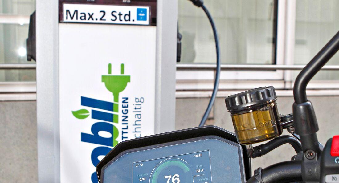 Schnellladesäule für Elektro-Fahrzeuge.