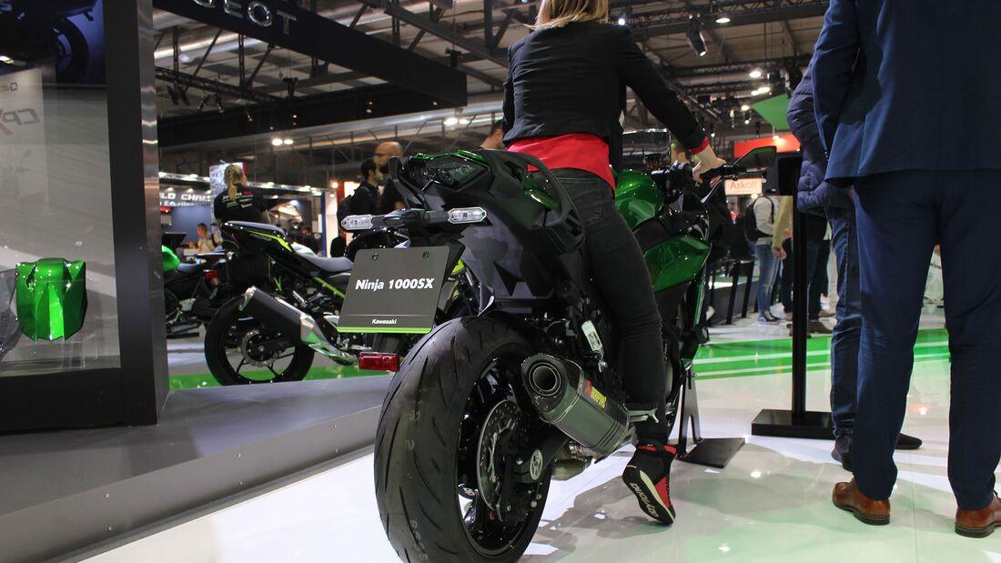 Sitzproben auf der EICMA 2019 Kawasaki Ninja 1000 SX