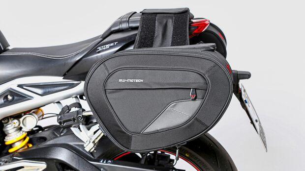 Triumph Street Triple RS im Dauertest - Zubehör: SW-Motech-Blaze Satteltaschen.